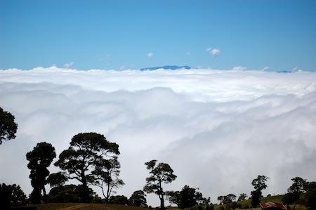 oblaka_pod_nami